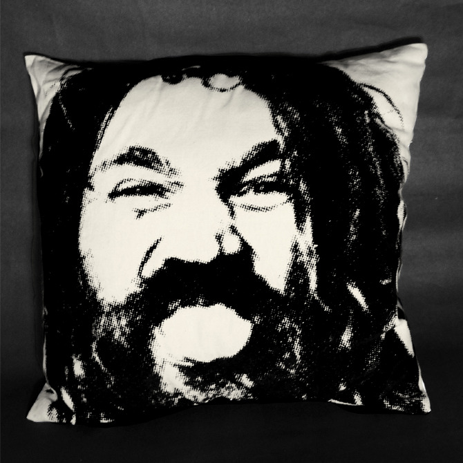 freak pillow