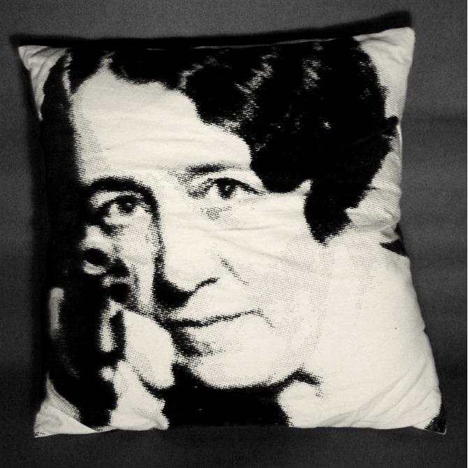 landlady pillow